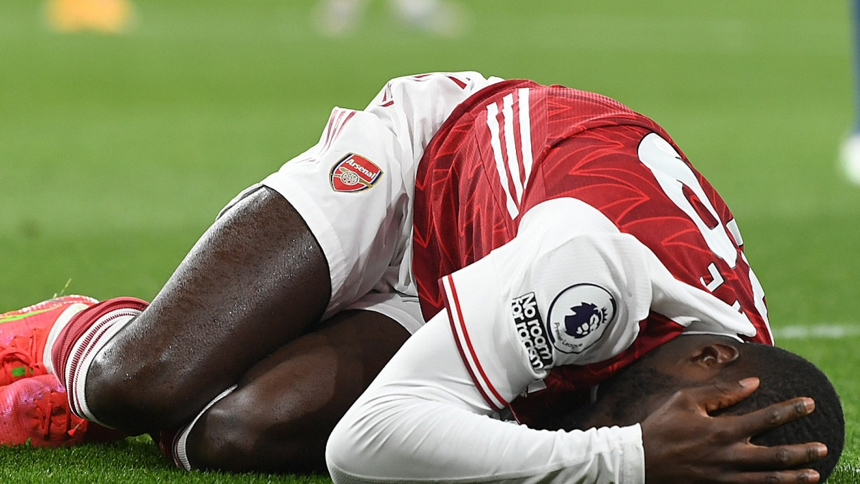 LONDON, ENGLAND - APRIL 23: Nicolas Pepe of Arsenal during the Premier League match between Arsenal and Everton at Emirates Stadium on April 23, 2021 in London, England. Sporting stadiums around the UK remain under strict restrictions due to the Coronavirus Pandemic as Government social distancing laws prohibit fans inside venues resulting in games being played behind closed doors.  (Photo by Stuart MacFarlane/Arsenal FC via Getty Images)